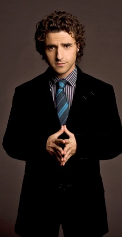 David Krumholtz from The Santa Clause!! I remember him as a elf