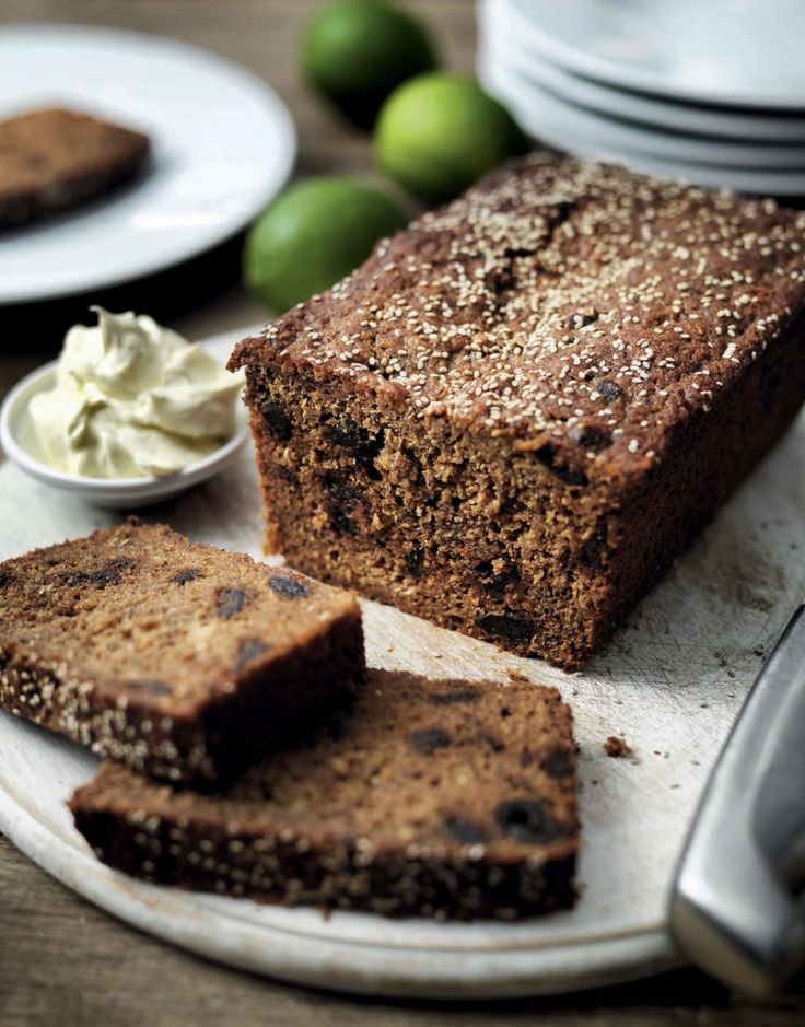 This Banana and Date Loaf is a wonderful treat to serve to guests with fresh whipped lime butter for a tangy finish #madeinmyMiele