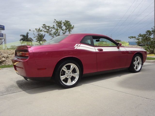 2010 Pink Dodge Challenger R/T