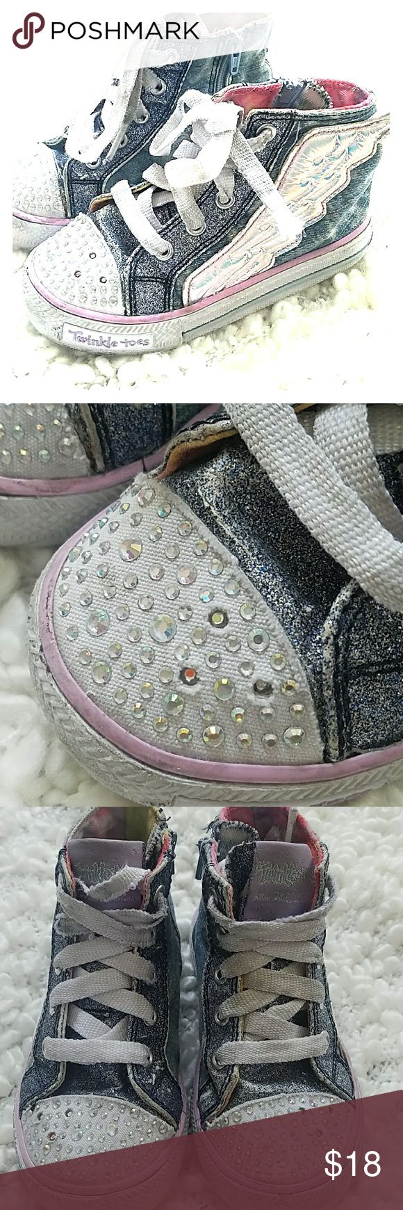 Twinkle Toes angel wings Skechers toddler size 9 Gently used with no rips stains or tears. Super comfy limited edition Twinkle Toes that light up. Skechers Shoes Sneakers