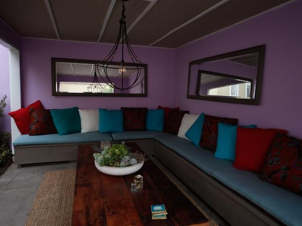 Perfect Hue -  Pantone's 2014 Color of the Year: Radiant Orchid on HGTV - great color for my bedroom