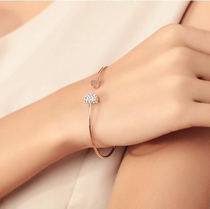 Shiny Heart Bracelet