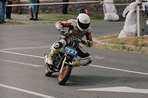 Racing scooter http://cameraclasic.blogspot.com