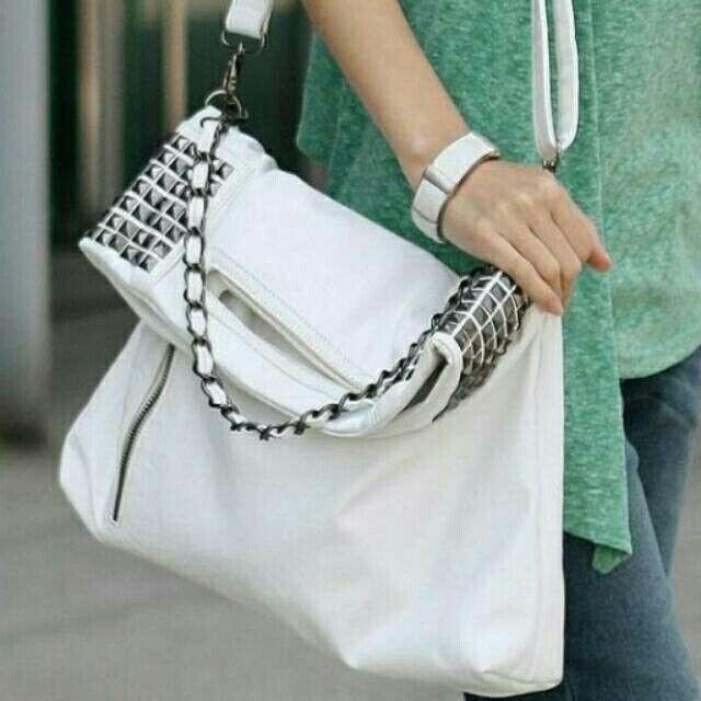 Saya menjual Tas fashion seharga Rp169.000. Dapatkan produk ini hanya di Shopee! https://shopee.co.id/antinsm/187135846 #ShopeeID