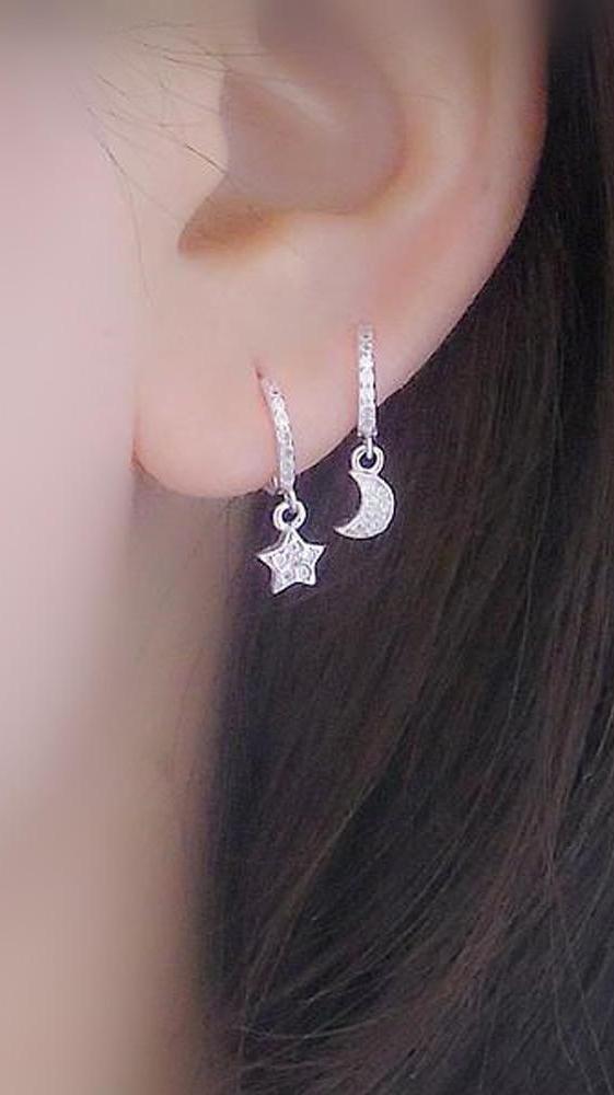 Cute Multiple Ear Piercing Ideas for Teenagers - Dainty Crystal Star Moon Cartilage Helix Earring Ring Hoop for Teen Girls -  lindas ideas de piercing múltiples para adolescentes - www.MyBodiArt.com