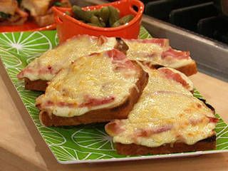 Grilled Cheese Bar: Croque Monsieur Recipe