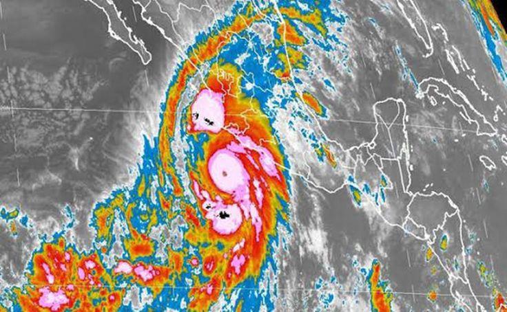 Roberto Ramírez de la Parra, titular de la Conagua, indicó que el meteoro tocará tierra entre las 16:00 y las 18:00 horas de hoy sobre la costa central de Jalisco