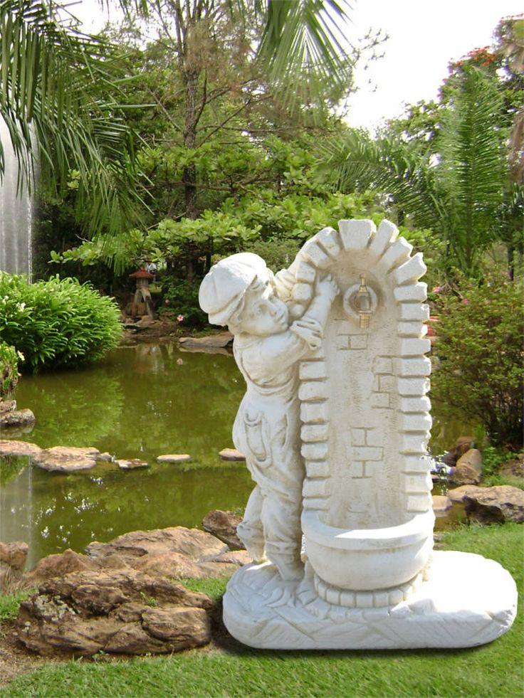 Les 25 meilleures id es concernant fontaine en pierre sur for Pierre reconstituee exterieur