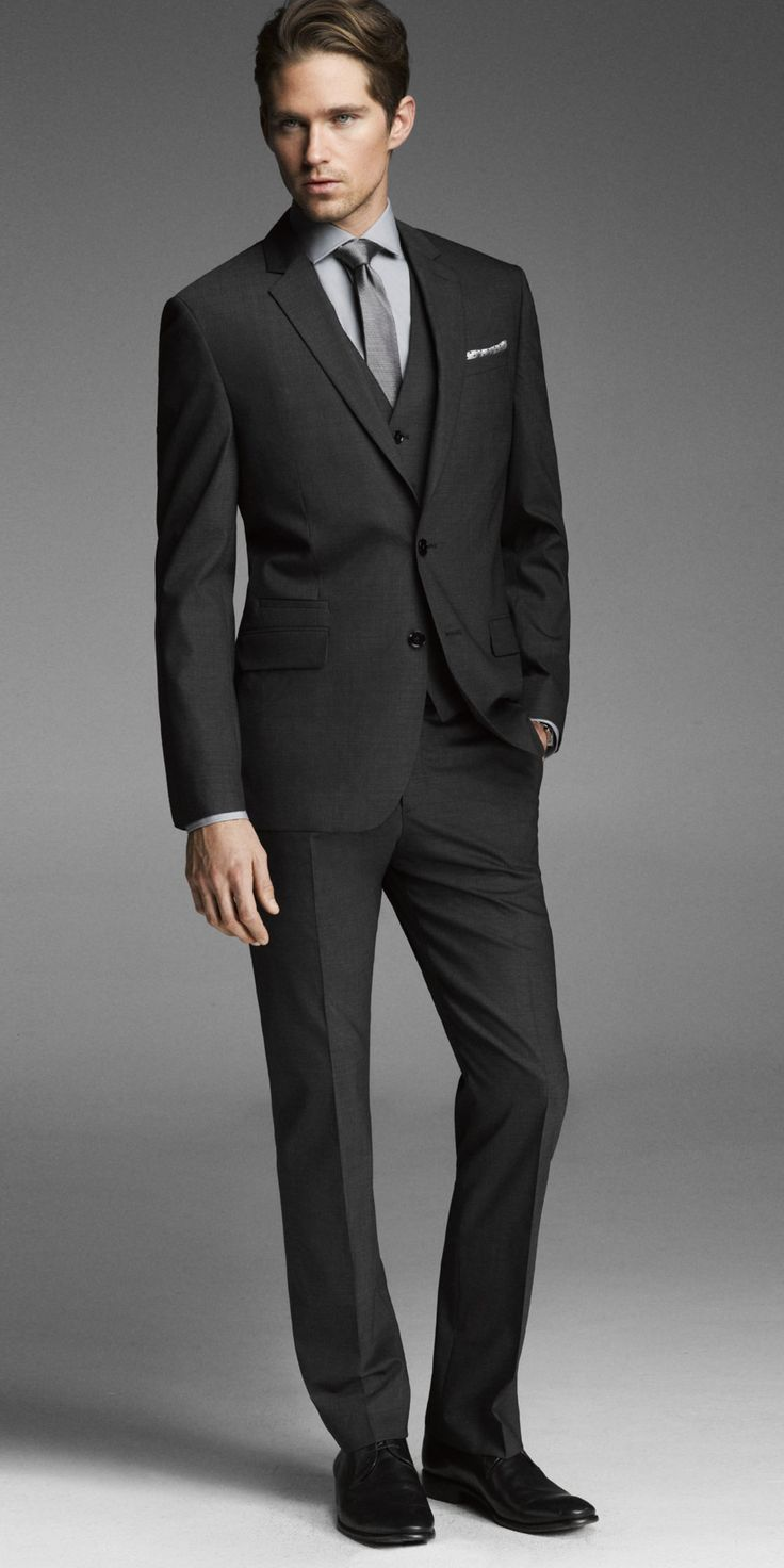 We love a man in a suit! #Express #EXPStyle #mensfashion