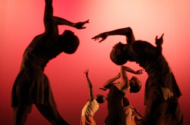 Contemporary dance is a catch-all phrase used fairly indiscriminately, meaning many things to different dance communities across a wide range of cultures. In fact, it's probably easier to say what contemporary…
