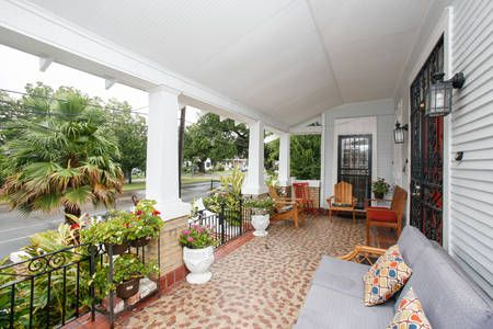 Check out this awesome listing on Airbnb: Big Beautiful Best for Fests! 4-16p in New Orleans