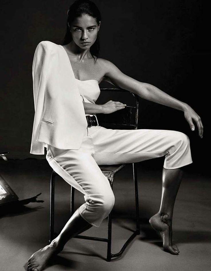 Adriana az Interview divatanyagában! #fashionfave #fashion #adrianalima #victoriassecret #interview #interviewmagazine #magazine