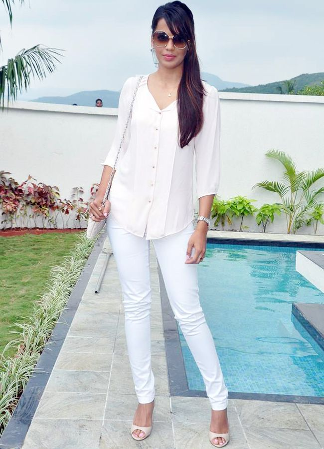 Mugdha Godse looking smart in an all-white ensemble at the launch of a real estate project. #Bollywood #Fashion #Style #Beauty #Page3