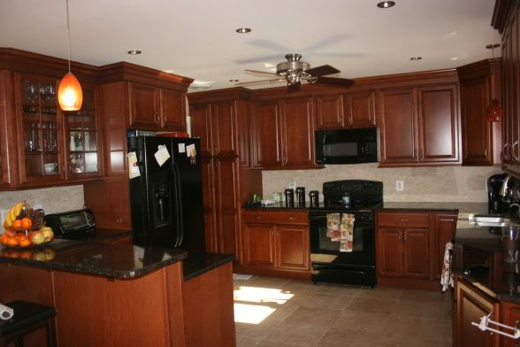 Tips For Kitchen Color Ideas: KraftMaid Chestnut Maple Cabinets