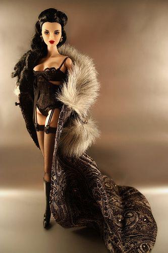 Fashion Royalty Luchia Z