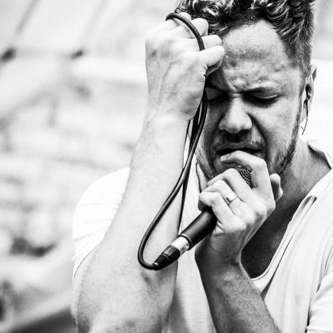 I cry ever time I see his face. Dan Reynolds you are my idol. I find is so cool that you can be LDS and still be in one of the biggest bands on the planet. <3