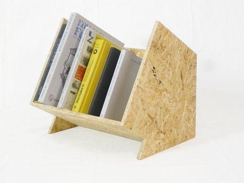 """Nice !  """"Bouctje"""" by Mathieu Gabiot :Il collecte une petite sélection de livres et les présente sur une table, un stand, ou une étagère. Léger et compact, il pourrait être livré à plat dans un futur proche."""