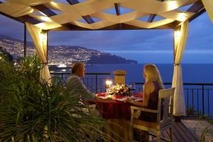 Romantyczna kolacja - Walentynki | http://www.codogara.pl/7052/kolacja-walentynkowa/