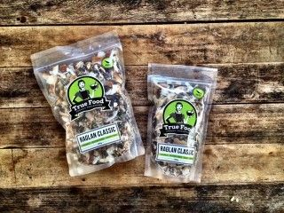 Raglan Classic Granola recommended by Mrs Coconut http://nzfoodfinder.com/2015/12/03/local-foodie-qa-latesha-randall-raglan/
