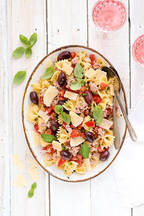 INGREDIENTS BY SAPUTO   Easy and nutritious, this bruschetta-style pasta salad with tuna and Kalamata olives is a superb idea for family meals. Don't forget to add Saputo Parmesan cheese and cherry tomatoes for the final touch to this healthy recipe!