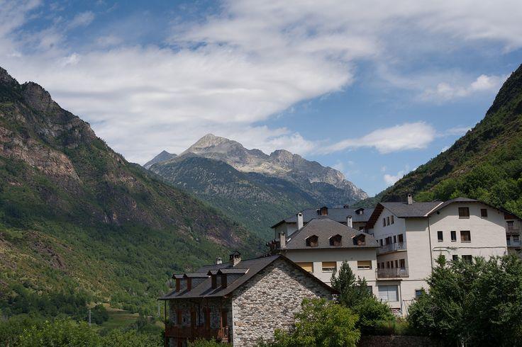 Travel to Spanish Pyrenees