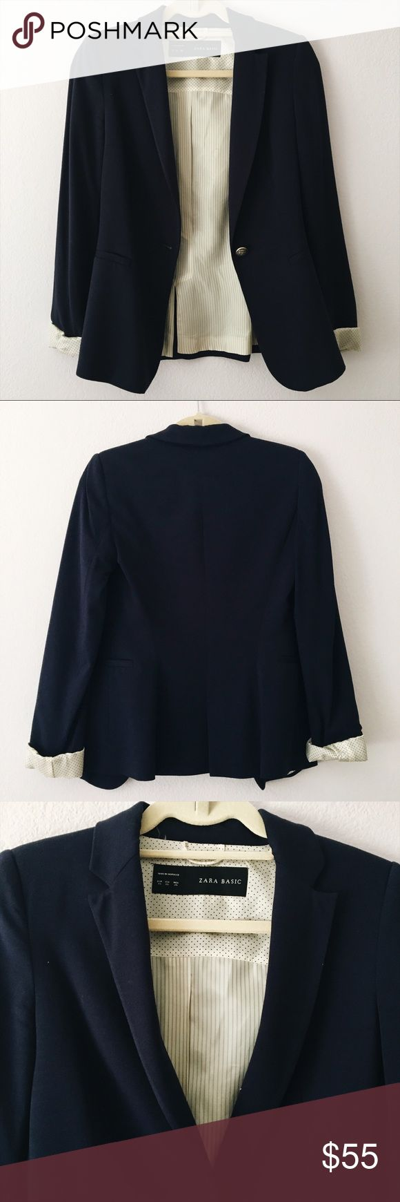 Navy Zara Blazer Navy blue Zara Basic double-cloth blazer with gold button and slit pockets. Highly versatile: dresses up your outfit or can be worn as smart-casual. In perfect condition - Like New (only worn once)! Very wearable, not stiff at all. Women's Size XS. Zara Jackets & Coats Blazers