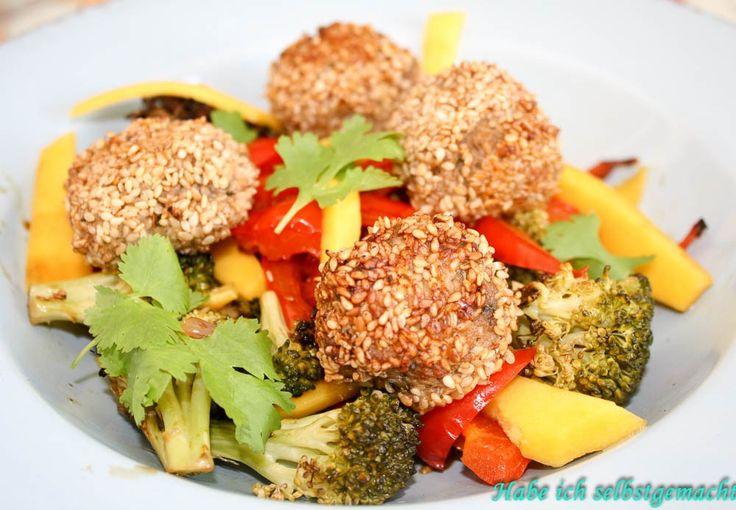 Low Carb - Asiatische Gemüsepfanne mit Sesam Hackbällchen - Habe ich selbstgemacht