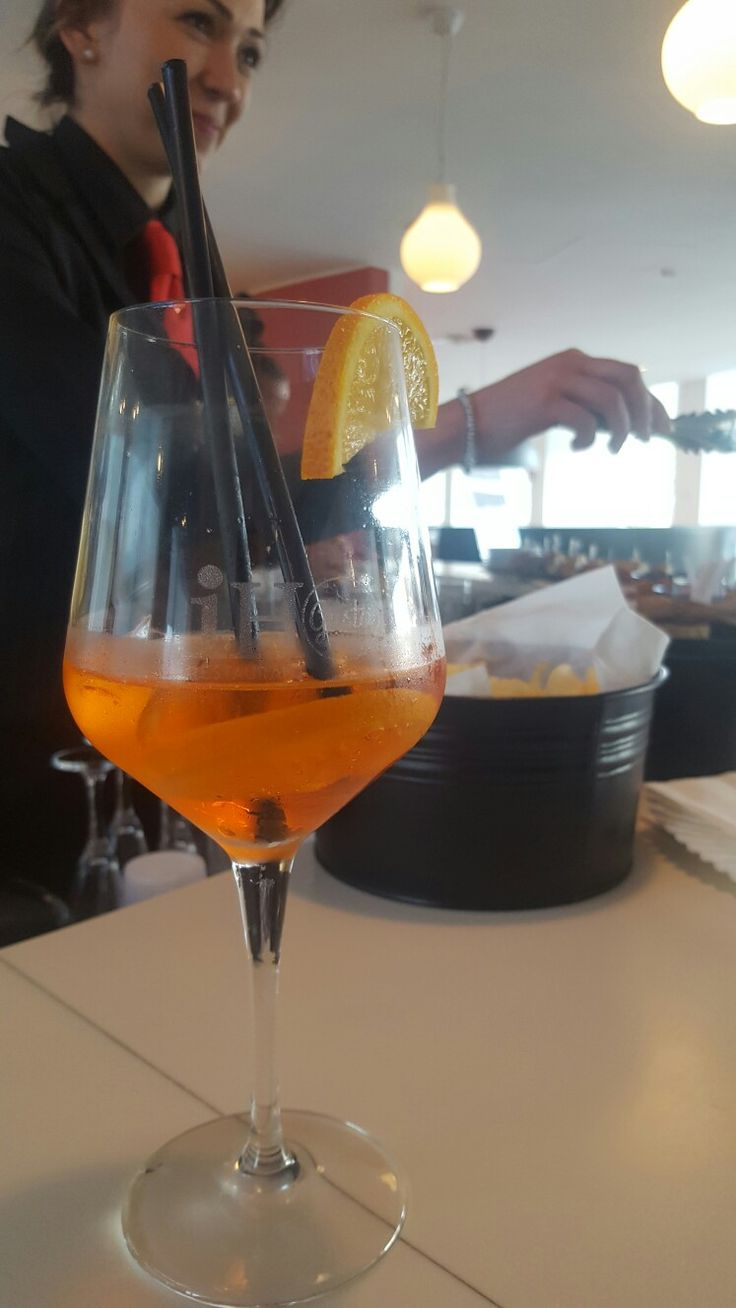 spritz happy hour hotel Roma