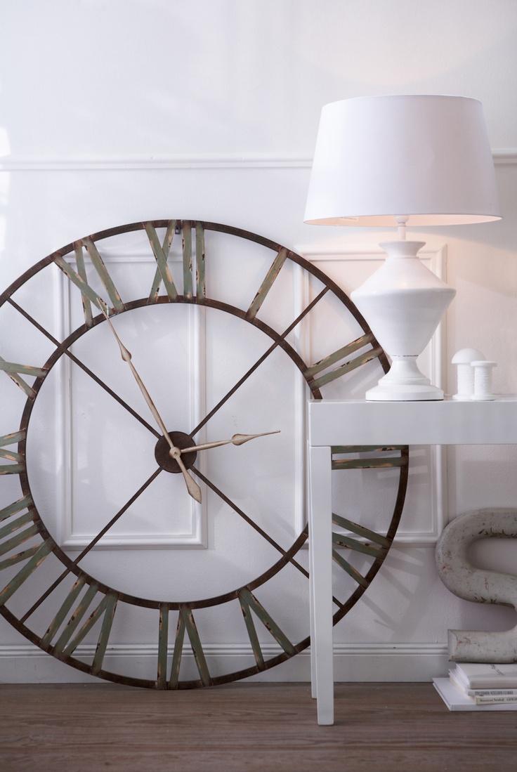 die 25 besten ideen zu wanduhren auf pinterest gro e uhren uhren und gro e wanduhren. Black Bedroom Furniture Sets. Home Design Ideas