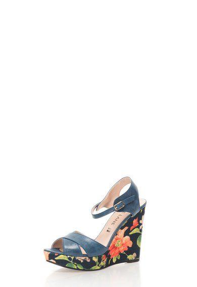 Kék Virágmintás Telitalpú Szandál a Zee Lane márkától és további hasonló termékek a Fashion Days oldalán