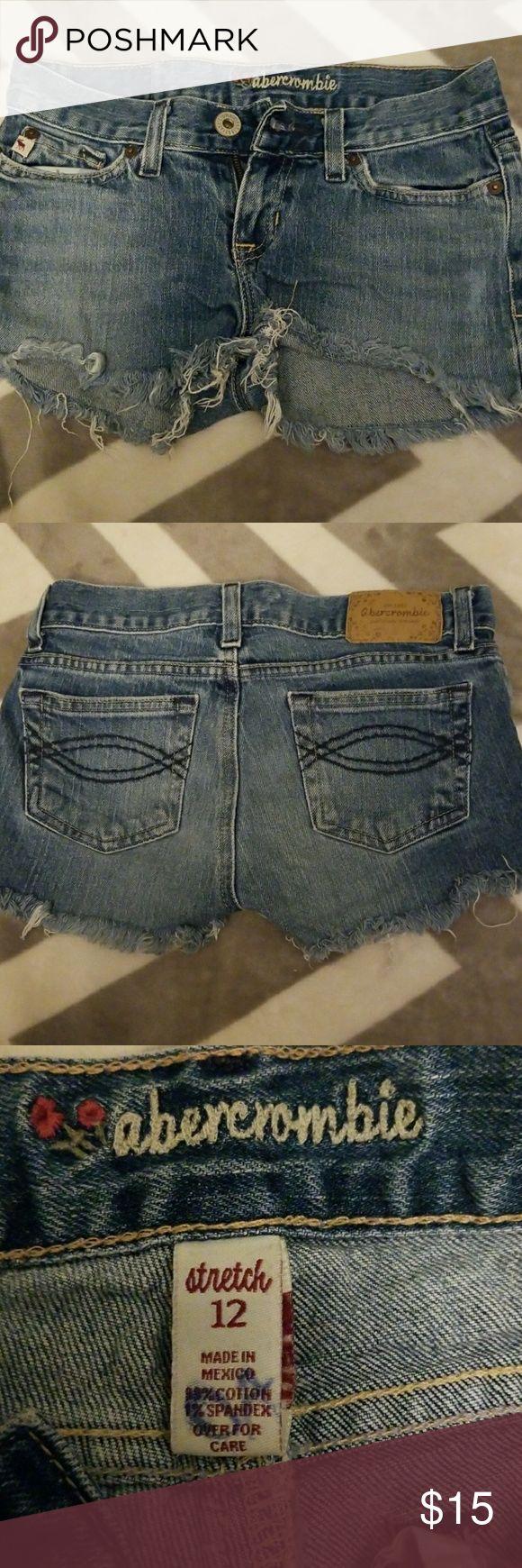 Abercrombie Jean shorts Size 12, stretch, Abercrombie Jean frayed shorts Abercrombie & Fitch Bottoms Jeans