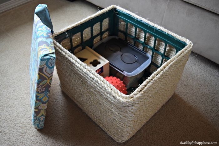 How+to+turn+a+green+plastic+milk+crate+into+a+gorgeous+storage+ottoman