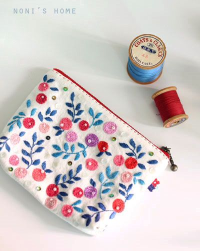 floral embroidery zipper pouch
