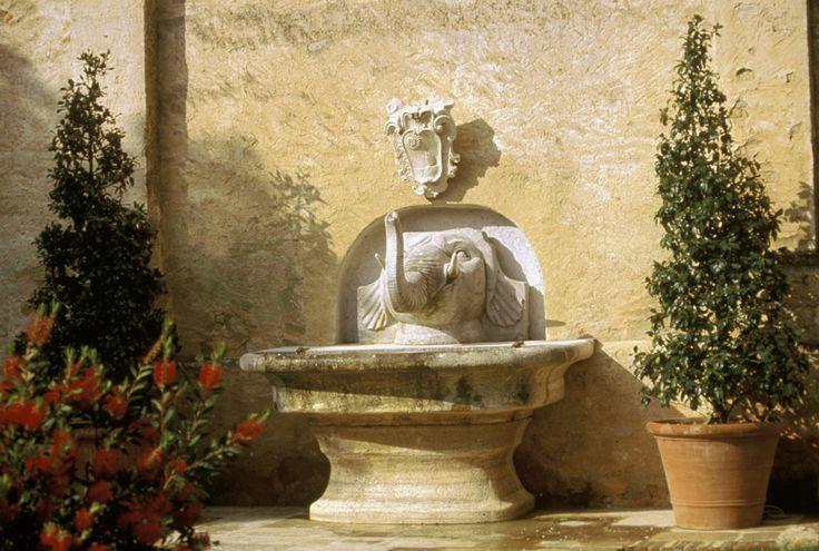 Elephant fountain - Relais La Suvera, Tuscany