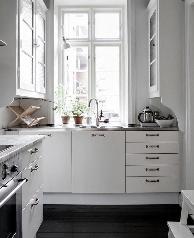 Top 25 ideas about romantic kitchen on pinterest cozy for Romantic kitchen designs