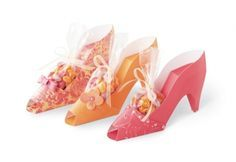 Paper Shoes: Free Project Template - Cute for party favors for a bridal shower or bachelorette party.
