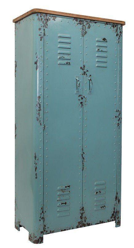 Dutchbone+-+Rusty+Skab+-+Vintage+blå+-+Dette+skab+fra+Dutchbone+har+et+cool+design+med+meget+patina.+Rusty+skabet+er+fremstillet+af+pulverlakeret+metal+som+skaber+et+råt+og+maskulint+udtryk.+Den+blå+farve+passer+godt+til+den+skandinaviske+indretning+hvor+enkle+farver+giver+en+fin+kontrast+til+det+sorte+og+hvide.+Rusty+skabets+top+er+lavet+i+massiv+grantræ+og+er+en+smart+detalje+til+metalskabet.+Inden+i+skabet+er+der+to+faste+hylder.+