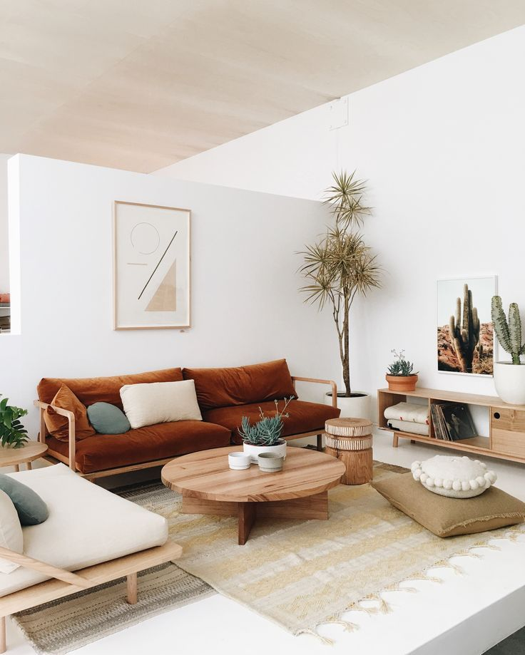 Warm autumn tones and plants to lift your living room