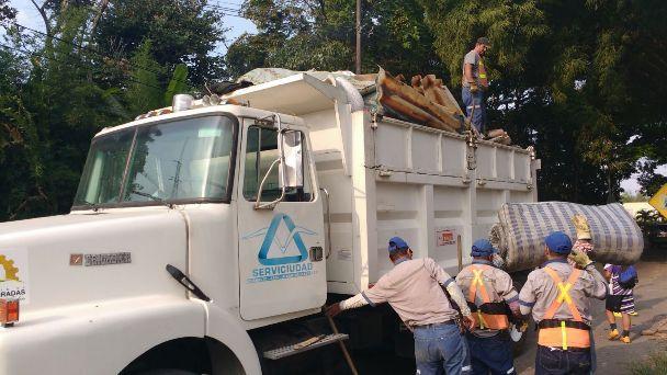 Alcalde de Dosquebradas acompañó primera Jornada de recolección de residuos especiales