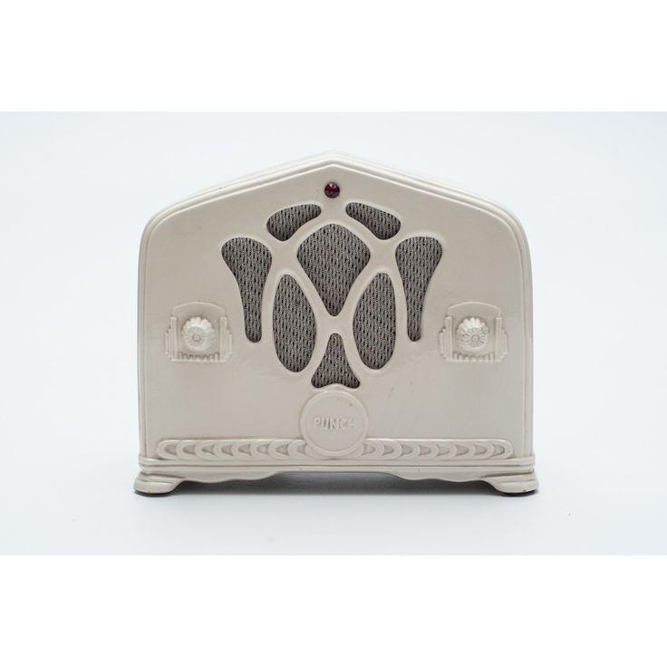 Soprammobile a forma di radio Punch made in Italy anno 1983 bianco in ceramica
