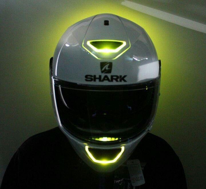 17 best ideas about shark helmets on pinterest shark evoline motorcycle helmets and helmets. Black Bedroom Furniture Sets. Home Design Ideas