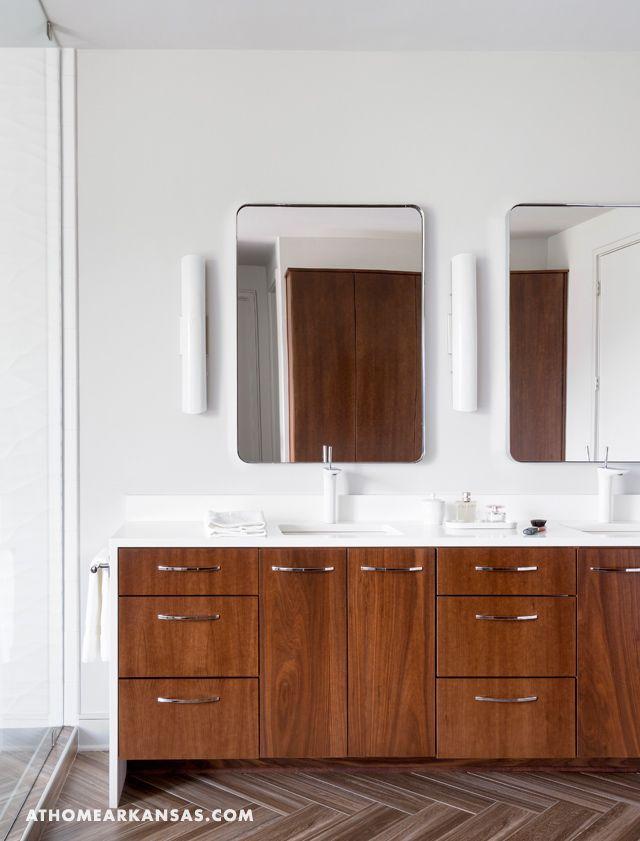Modern Bath | White Faucet | Hansgrohe PuraVida | Modern Thinking | At Home in Arkansas | Jan/Feb 2016