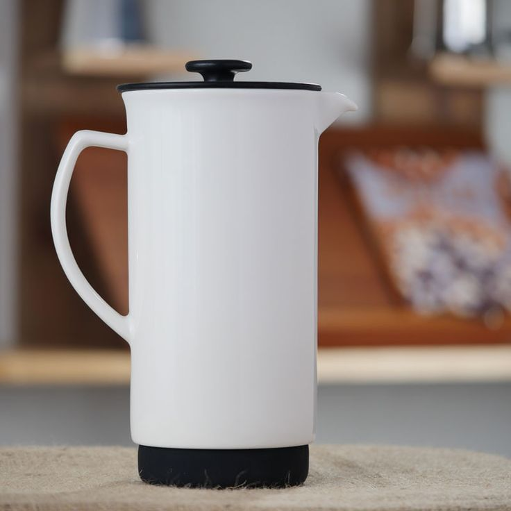 Start your mornings off warmly and deliciously by enjoying a cup of freshly brewed tea or coffee made by the FORLIFECeramic French Press Coffee Maker. Simply
