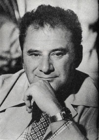 Szinetár Miklós Kossuth-díjas és kétszeres Jászai Mari-díjas magyar színházi, opera-, tévé- és filmrendező, forgatókönyvíró, érdemes és kiváló művész