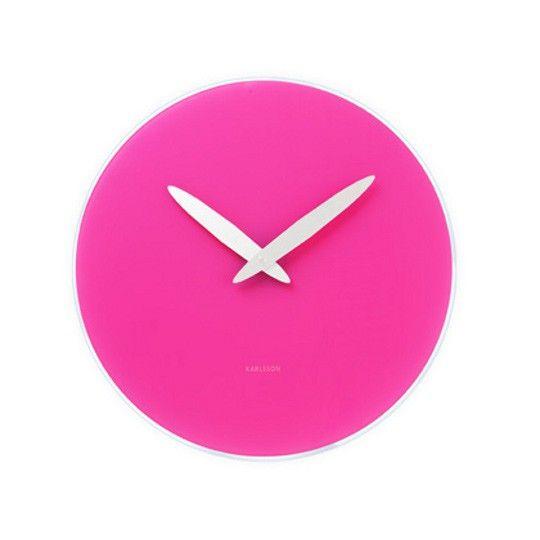 Zegar ścienny BOLD w wersji różowej wyróżnia się ciekawym odcieniem cyferblatu, który stanowi mocny akcent kolorystyczny. Polecamy do odważnych i modnych wnętrz.