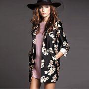 逸麗淑女花朵印花長版西裝外套 $2690