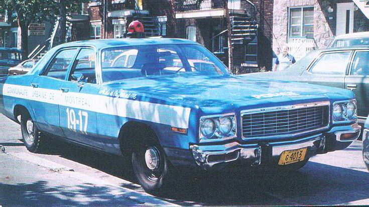 Voiture de police Dodge 1973 section aide à la jeunesse,poste19 rue Jarry coin st-Hubert. | Flickr - Photo Sharing!