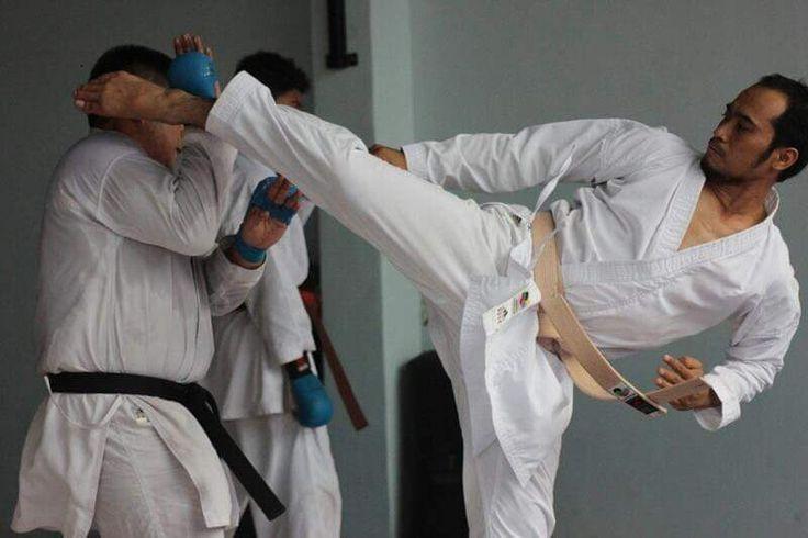 Wawang Ar-Rasyied, Atlet Karate Banyumas Pernah Jadi Kuli Panggul, Bahkan Sempat Jual Medali