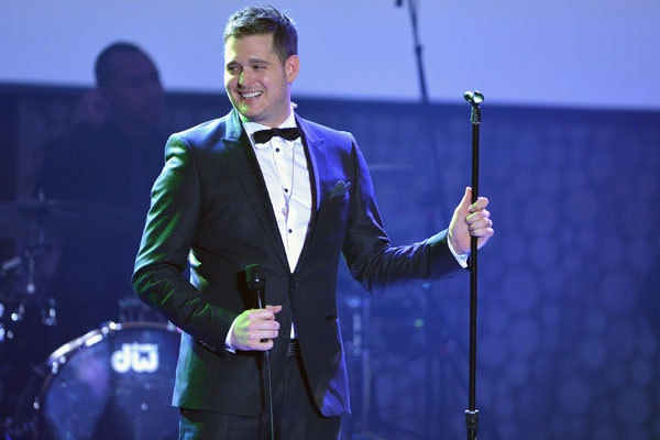 #MichaelBuble is hosting the #JUNOAwards on April 21 in #Regina!!