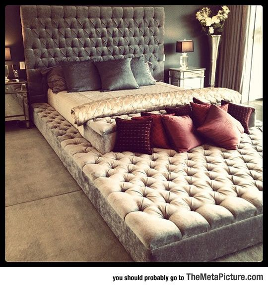 Awesome 'Eternity Bed' For All The Pets And Family